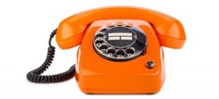 Kontakt? Greif zum Telefon!